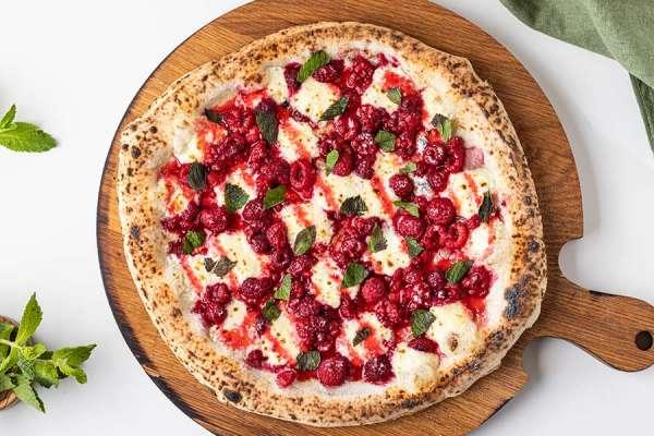 Пицца малина маскарпоне